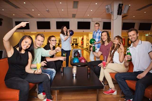 Market your bowling centre to event planners